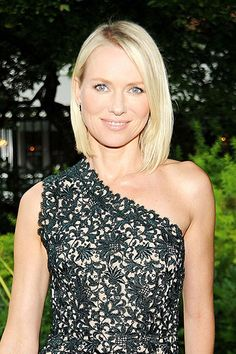 The 10 Prettiest Celeb-Inspired Long Bobs - Naomi Watts