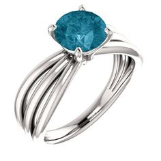This London Blue Topaz trinity band ring in white gold has an astonishing air of beauty when you combine the white gold and the blue color of the London Blue Topaz gemstone. Topaz Jewelry, Gold Jewelry, Jewlery, London Blue Topaz, Band Rings, Bands, White Gold Rings, Black Onyx, Metal Clay