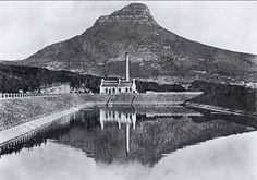 The city's first power station at the Molteno resevoir in Oranjezicht used steam power as well as water from the top of Table mountain to power its turbine. The building minus the chimney is still standing. Old Pictures, Old Photos, Vintage Photos, City Farm, Table Mountain, Most Beautiful Cities, Cape Town, South Africa, History
