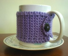 Another great mug cozy-- free pattern
