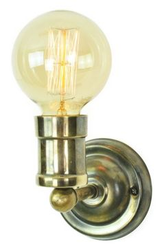 An extremely well made wall light in solid brass with a polished nickel finish. Simple, smart and practical. A light that can be put virtually anywhere.