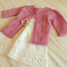 Knitting Baby Pullover Girls 70 New Ideas Baby Knitting Patterns, Knitting For Kids, Crochet For Kids, Knitting Designs, Baby Patterns, Crochet Baby, Knit Crochet, Knitted Baby, Cardigan Bebe