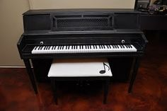 i love this piano bench  http://adjustablepianobench.net