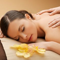 instead of up to for a spa day inc. massage & spa facilities at Spirit Health Club at The Holiday Inn, Oxford - save up to Reflexology Massage, Massage Treatment, Massage Facial, Good Massage, Massage Deals, Body To Body, Full Body, Body Spa, Back Pain