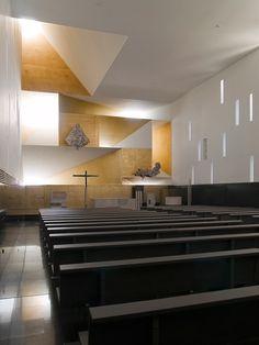 Parish Church of Santa Monica / Vicens & Ramos _b124434 – ArchDaily