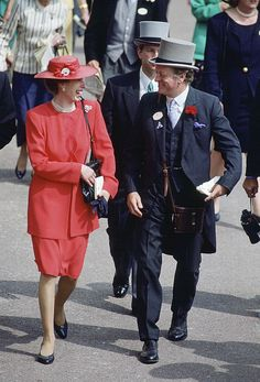 Princess Anne Laughing With Andrew Parker-bowles At Ascot. Get premium, high resolution news photos at Getty Images Princesa Real, Royal Crown Jewels, Charles And Diana, Royal Life, Queen Mother, Lady Diana Spencer, Royal Princess, Save The Children, Queen Elizabeth Ii
