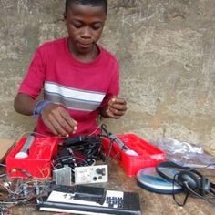 ClickDONATEabove to help us reach our goal and set up new Makerspaces for Innovate Salone!   How do you transform societies where development and innovation are part of an intrinsic cultural fabric? How can you transform individuals from the passive role of users of technological ...