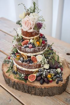 Legend 5 stunning autumn wedding cakes (and 3 you can do yourself - Dekoration Herbst - kuchen Autumn Wedding Cakes, Wedding Cake Rustic, Autumn Cake, Autumn Weddings, Autumn Wedding Decorations, Autumn Wedding Ideas, Rustic Cake, Woodland Wedding Dress, French Wedding Dress