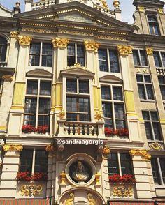 Tagen i Grande-Place i Belgien