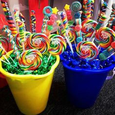 Candy bucket centerpiece. Great summer pool party idea
