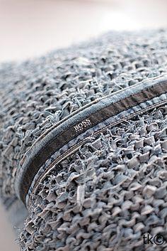Kissen aus alter Jeans stricken - schoenstricken.de