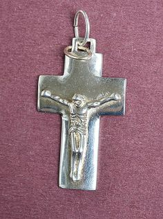 Vintage Sterling Silver 3D Large Cross w/ Jesus on the Crucifix, Charm Pendant