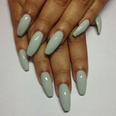 In seek out some nail designs and ideas for your nails? Listed here is our list of 28 must-try coffin acrylic nails for fashionable women. Fabulous Nails, Gorgeous Nails, Pretty Nails, Hot Nails, Hair And Nails, French Nails Glitter, Green Nails, Blue Nails, Stiletto Nails