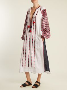 Shop our edit of women's designer Midi Dresses from luxury designer brands at MATCHESFASHION Simple Kurti Designs, Baby Girl Dress Patterns, Dress Neck Designs, Tent Dress, Embroidered Clothes, Chic Dress, Textiles, Festival Outfits, Sewing Clothes