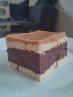 Pudingos keksz szelet Order Cakes Online, Cake Online, Ho Ho Cake, Yummy Cakes, Tiramisu, Cheesecake, Puding, Cookies, Ethnic Recipes