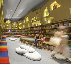 Librería Saraiva / Studio Arthur Casas