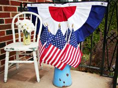 How to Sew Patriotic Red, White and Blue Bunting : Decorating : Home & Garden Television