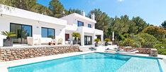 We offer a stunning collection of Ibiza villa rentals to book direct. Over 300 luxury villas in Ibiza located around all the best parts of the island. Ibiza Town, Ibiza Beach, Contemporary Leather Sofa, Camas King, Suite Principal, Ibiza Spain, Villa With Private Pool, Relax, Beautiful Villas