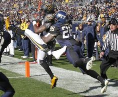 The 2010 and 103rd Backyard Brawl featured Nike Combat Uniforms and a comfortable 35-10 Mountaineer victory at Heinz Field. WVU's were easily the best of the Nike Combats that year.