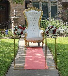 Throne Chair, 26th Birthday, Flower Wall, Photo Shoot, Dallas, Tattoo, Ideas, Home Decor, Photoshoot