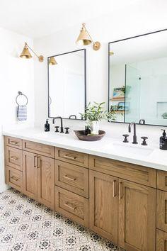 Ideas Modern Master Bath Luxury Interior Design For 2020 Bathroom Layout, Bathroom Colors, Bathroom Sets, Bathroom Interior Design, Home Interior, Modern Bathroom, Master Bathroom, Small Bathroom, Master Baths