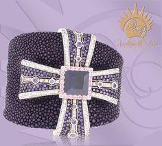 Purple Stingray Reigns.  Angelique de Paris Exotics Board