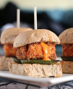Crispy Tofu Sliders with Piquillo Pepper Allioli and Roasted Green Pepper  //  from Culinary Colleen