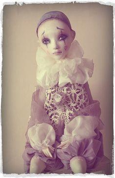 Пьеро - бледно-сиреневый,авторская кукла,кукла из полимерной глины,пьеро