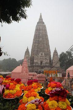 I spent 4 months here . Hindu Temple, Buddhist Temple, Temple India, Indian Temple Architecture, Namaste, Amazing India, Beautiful Places To Visit, Spiritual Inspiration, Pilgrimage