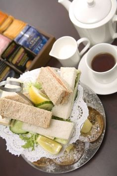Traditional English Recipes: Sandwiches and Picnic Foods Tea Sandwich Recipes Tee Sandwiches, Tea Party Sandwiches, Finger Sandwiches, Hp Sauce, English Food, English Recipes, British Recipes, Tea Recipes, Cooking Recipes