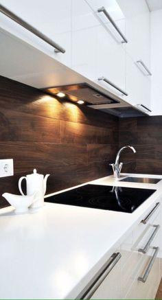 деревянный фартук на кухне