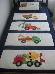 baby boy blankets New patchwork quilt baby boy Ideas Quilt Baby, Baby Patchwork Quilt, Applique Quilts, Boys Quilt Patterns, Patchwork Patterns, Quilting Patterns, Patchwork Ideas, Quilting Projects, Quilting Designs