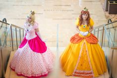 Mineralblu Photography with Jennifer Van Damsel and Emily Ann Cosplay as Princess Daisy and Peach! Cosplay Games, Mario Cosplay, Cosplay Anime, Cosplay Outfits, Best Cosplay, Cosplay Costumes, Princess Daisy Costume, Princess Peach Cosplay, Mario And Princess Peach
