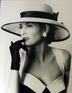 What style! This reminds me of my mum when I was a child. She loves hats & is full of style and grace :-D