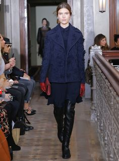 Inside Pierpaolo Piccioli's (Gorgeous) Valentino Pre-Fall 2017 Collection   Fashion Week Online