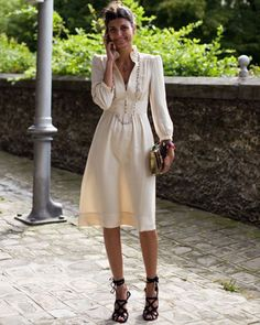 The latest tips and news on Giovanna-Battaglia are on Gauche. On Gauche you will find everything you need on Giovanna-Battaglia. Giovanna Battaglia, Look Fashion, Trendy Fashion, Fashion Outfits, Fashion Heels, Trendy Style, Dress Fashion, Fashion Clothes, Fashion Spring