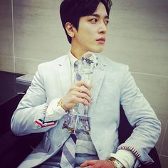 [160422 Jung YongHwa Instagram update (2)]... | ⚘Smile again*
