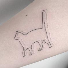 Um gato não é simplesmente um animal de estimação, é muito mais que isso. Desde os tempos antigos, os felinos são um símbolo de graça e equilíbrio.  No antigo Egito, eles eram sagrados e existiram deuses gatos, que eram até mumificados, assim como …