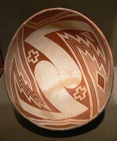 File:Mimbres Bowl with geometric design DMA 1982-94.jpg