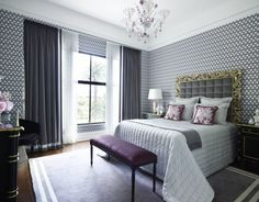20 Chic Wallpaper Ideas For Stylish Bedroom Design - Home Decoration Decor, Classy Bedroom, Curtains Living Room, Home Decor, Stylish Bedroom, Apartment Decor, Stylish Bedroom Design, Curtain Designs For Bedroom, Remodel Bedroom