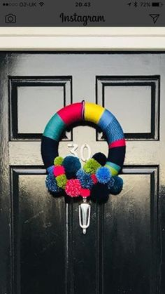 Christmas inspiration Christmas Inspiration, 4th Of July Wreath, Wreaths, Home Decor, Homemade Home Decor, Door Wreaths, Deco Mesh Wreaths, Interior Design, Home Interiors
