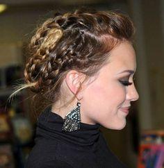 Lots of fantasy braids