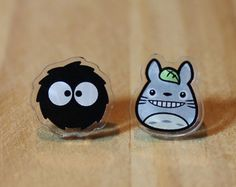 Stud earrings Totoro and Catbus My Neighbor by TraLunaeStelle