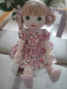 1 million+ Stunning Free Images to Use Anywhere Doll Sewing Patterns, Sewing Dolls, Doll Clothes Patterns, Doll Crafts, Diy Doll, Cupcake Dolls, Doll Face Paint, Handmade Stuffed Animals, Doll Tutorial