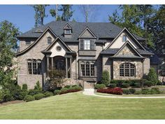 Traditional House Plan with 4489 Square Feet and 5 Bedrooms from Dream Home Source   House Plan Code DHSW68142