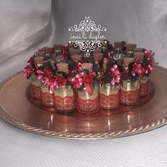 Wedding Candy, Wedding Favors, Henna Night, Henna Party, Wedding Planning Guide, Engagement Decorations, Diwali Gifts, Minnie Birthday, Wedding Crafts