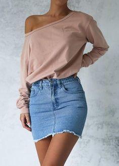 Outfits que son mejores con una falda de mezclilla a la cintura que con una a la cadera