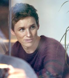 http://www.laineygossip.com/Eddie-Redmayne-house-hunting-with-wife-Hannah-before-The-Danish-Girl-promotion-and-Oscar-campaigning-begins/40915?celebrityId=21150