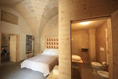 This is Bed and Breakfast Kabala, lovely building in the center of Lecce. For more information contact us. www.kabalarooms.com o info.kabalarooms@gmail.com #puglia #italy #bedandbreakfast #kabalarooms #lecce