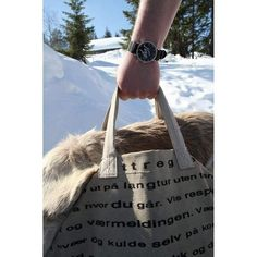 "Norge ""Hytteklokke"" (Svart) - Hyttefeber.no Reusable Tote Bags, Japan, Products, Japanese, Gadget"